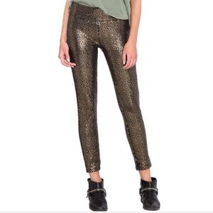 Amuse Society sequined skinny ankle pants